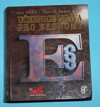 Učebnice práva pro ekonomy