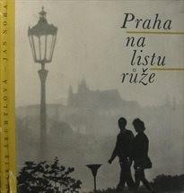 Praha na listu růže